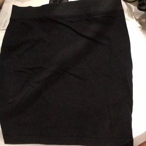 H&M soft stretch pencil skirt